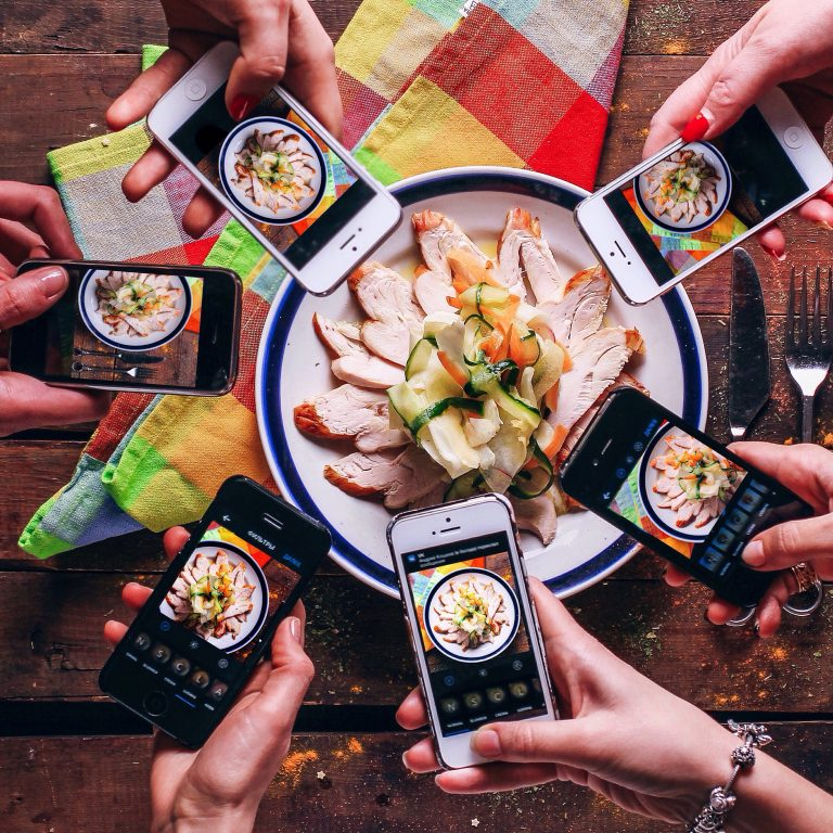 Just Eat Takeaway to Create World's Largest Food Delivery Outside China With $7.3 Billion Grubhub Acquisition